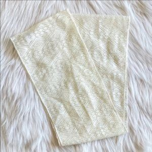 One Step Up Patterned Infinity Scarf White 4-6x